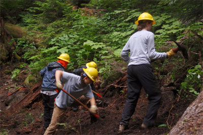 High School Students are able to serve the environment and gain critical skills near their homes on the Student Conservation Association's Community Crews