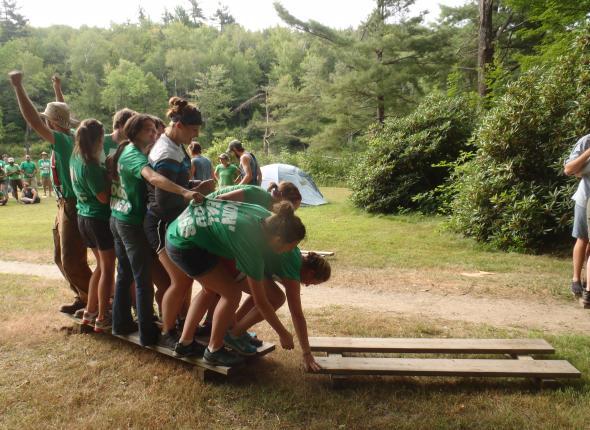 Teamwork helps the NY team survive the Bridge of Doom!