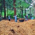 Volunteers spread 5,500 square feet of mulch!